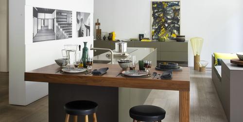 au coeur de paris 7 me bulthaup raspail revisite l espace culinaire bulthaup. Black Bedroom Furniture Sets. Home Design Ideas