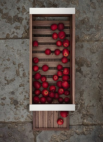 Wood container with grid, pull-out base, and lateral metal edge handles for storing fruit and vegetables