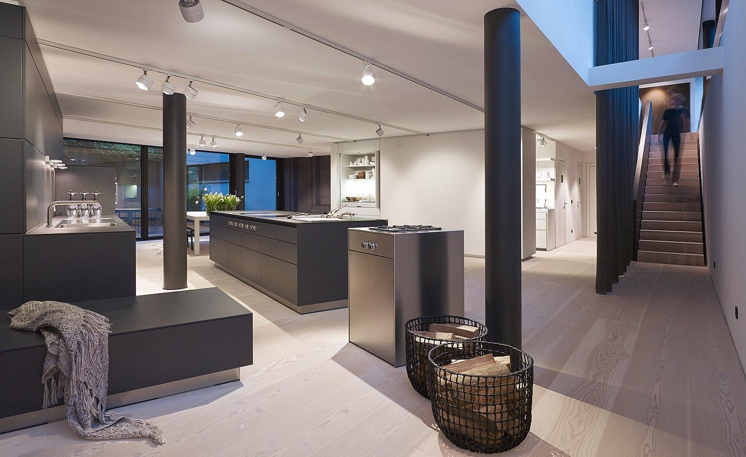 Example of a showroom from the inside: each showroom is individually planned together with bulthaup architects