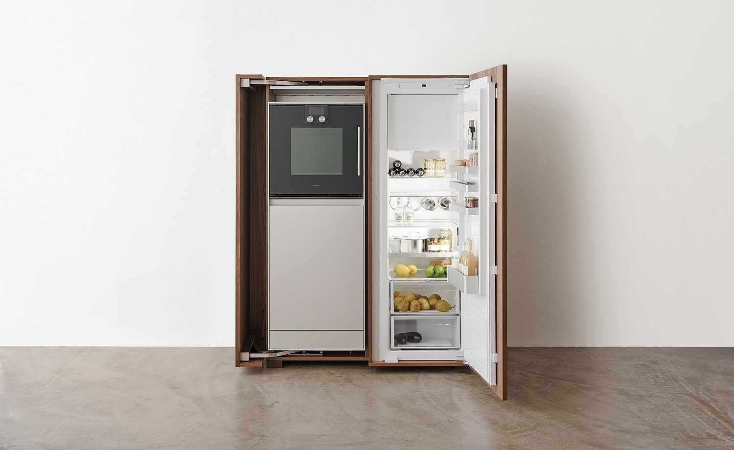 The equipment cabinet accommodates the refrigerator and stove perfectly