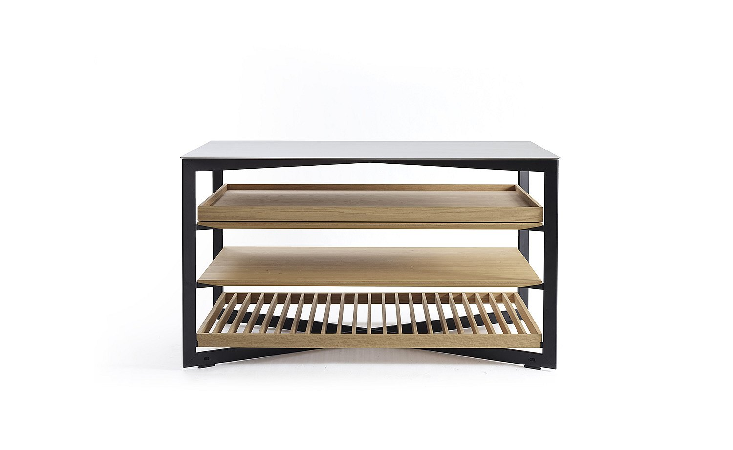b Solitaire glass, 140 cm length with wood grid, wood shelf and wood pull-out tray: frontal view