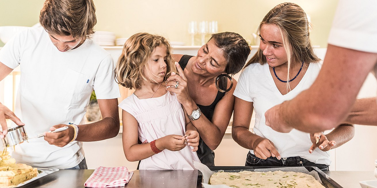 Filipa Fortunato cooking with her family