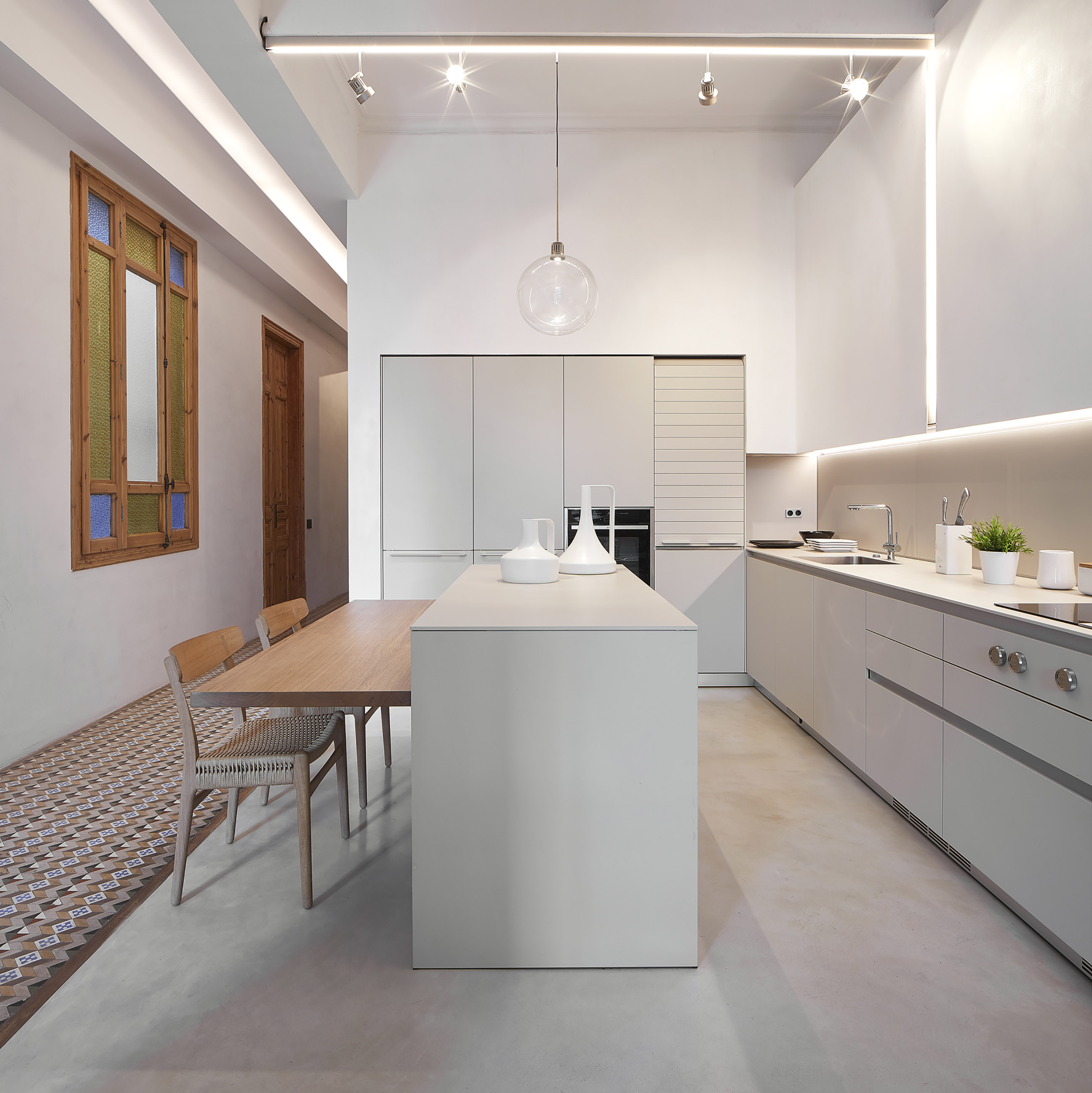 Bulthaup b3 kitchen, white.